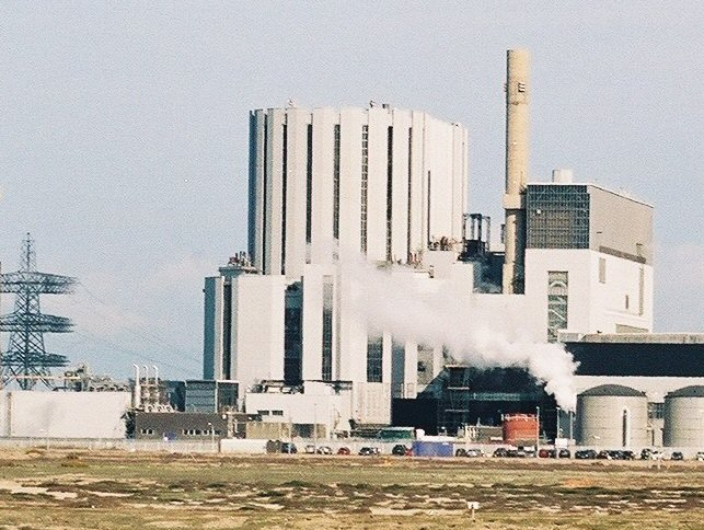 Technical risks lead EDF to suddenly defuel Dungeness B nuclear power station in UK